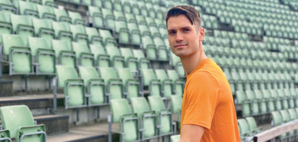SER FRAM TIL SOMMEREN: Vladimir skal angripe sesongen på samme måte som i fjor - med senkede skuldre og mye energi. Her på en av favorittarenaene: Bislett Stadion.